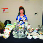 Blue Ribbon Antiques & Collectibles Becky Anne & Ben Lawton, Pain Court