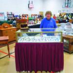 Dovetails & Square Nails Antiques Rod & Bea Slack, Brockville