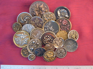 """Above: A National Button Society competition card measuring 9"""" X 12"""" with Celluloid Buttons. A lovely display for your living room!"""