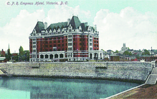 Figure 1. Stedman Bros. (Brantford) published this postcard of Victoria's newly built Empress Hotel in 1908.