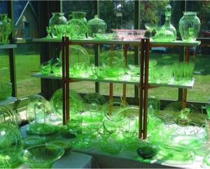 L'Armoire Vitree Antiques A stunning collection of Depression Glass, c1928 - 1940 Call Roger P. LeBlanc at 514-442-7428 for information