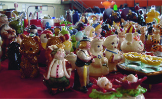 """If you are a salt & pepper collector, you would have been delighted with the variety offered by Tracy's Treasure Chest. Like their cards says...""""Looking for something special? Ask us. We may be able to find it."""" Eganville, ON 613-628-4530"""